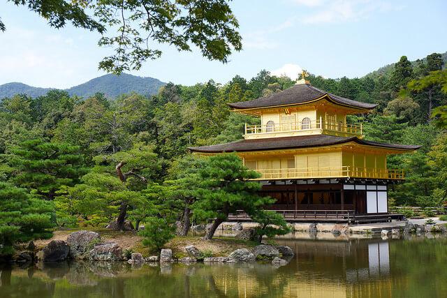 金閣寺の最寄駅は?駐車場は?京都駅から金閣寺への行き方は?