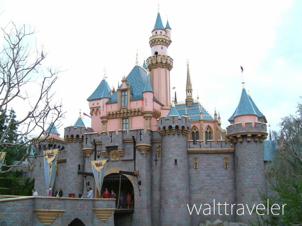 眠れる森の美女の城 ディズニーランドリゾート