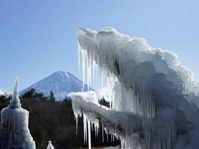 西湖樹氷まつり2018は幻想的な氷の祭典!開催期間と混雑状況は?