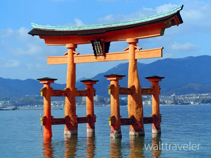 厳島神社の大鳥居は満潮と干潮のどちらがおすすめ?時刻を調べるには?