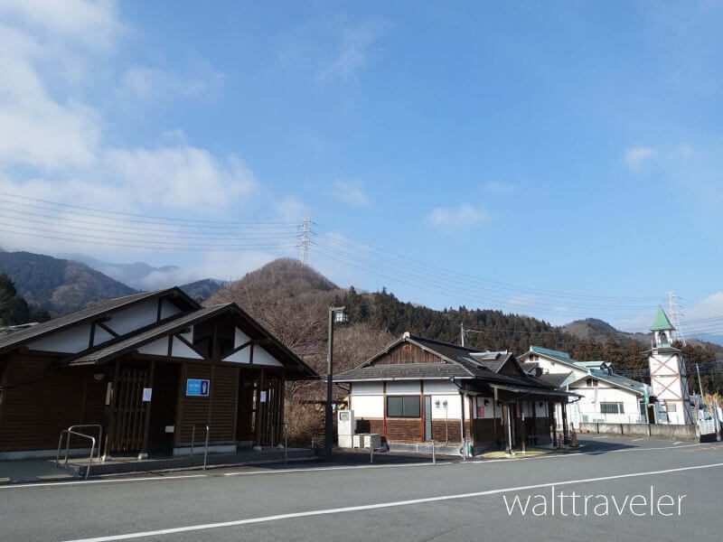 三峯神社 道の駅あらかわ