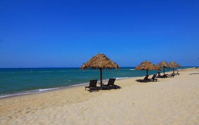 タウンライフ旅さがし 海外旅行 ビーチ