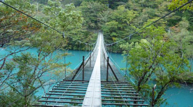 寸又峡「夢の吊り橋」へのアクセスは?駐車場・注意点もチェック!