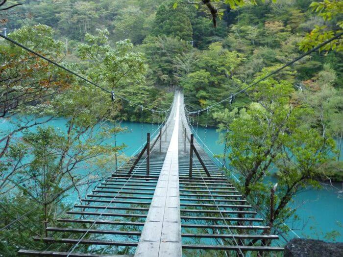 寸又峡「夢の吊り橋」へのアクセスは?駐車場・注意点も!
