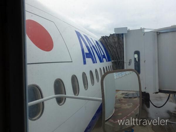 ANA SFC修行 No.1 国内線 普通席 ANA477 羽田 那覇