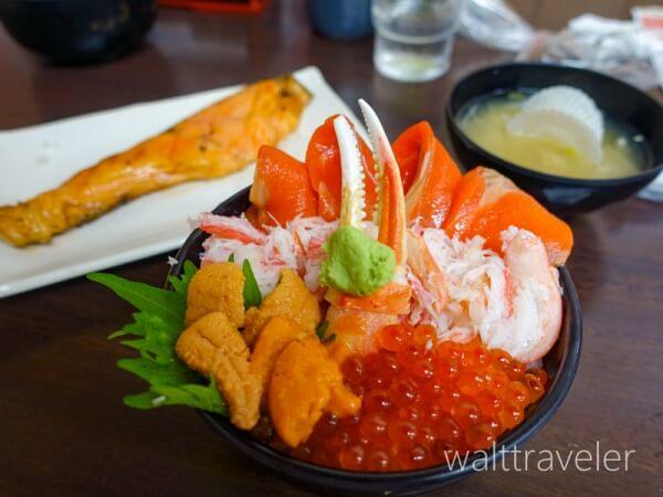 北海道日帰り旅行 小樽 三角市場 ANA海鮮丼 味処たけだ