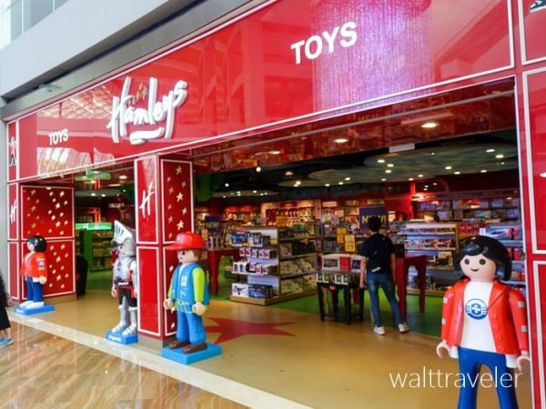 シンガポール The Shoppes at Marina Bay Sands Hamleys SFC修行 No.1